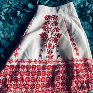 PAPAYA high waisted flowy shorts